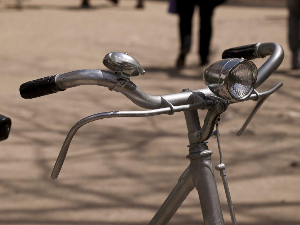 BH años 60 plata en Madrid Los Martínez Banco de bicis Alquiler de bicicletas especiales para ocasiones especiales
