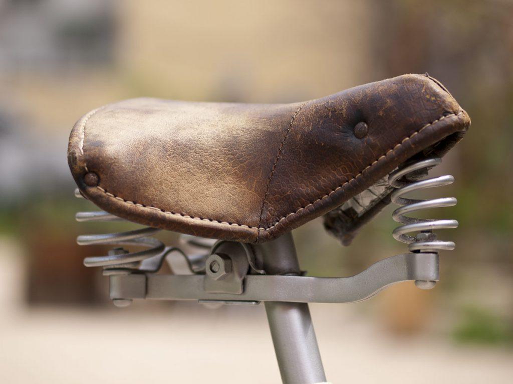 BH años 50 beige Los Martinez Banco de bicis Alquiler y venta de bicicletas especiales para ocasiones especiales