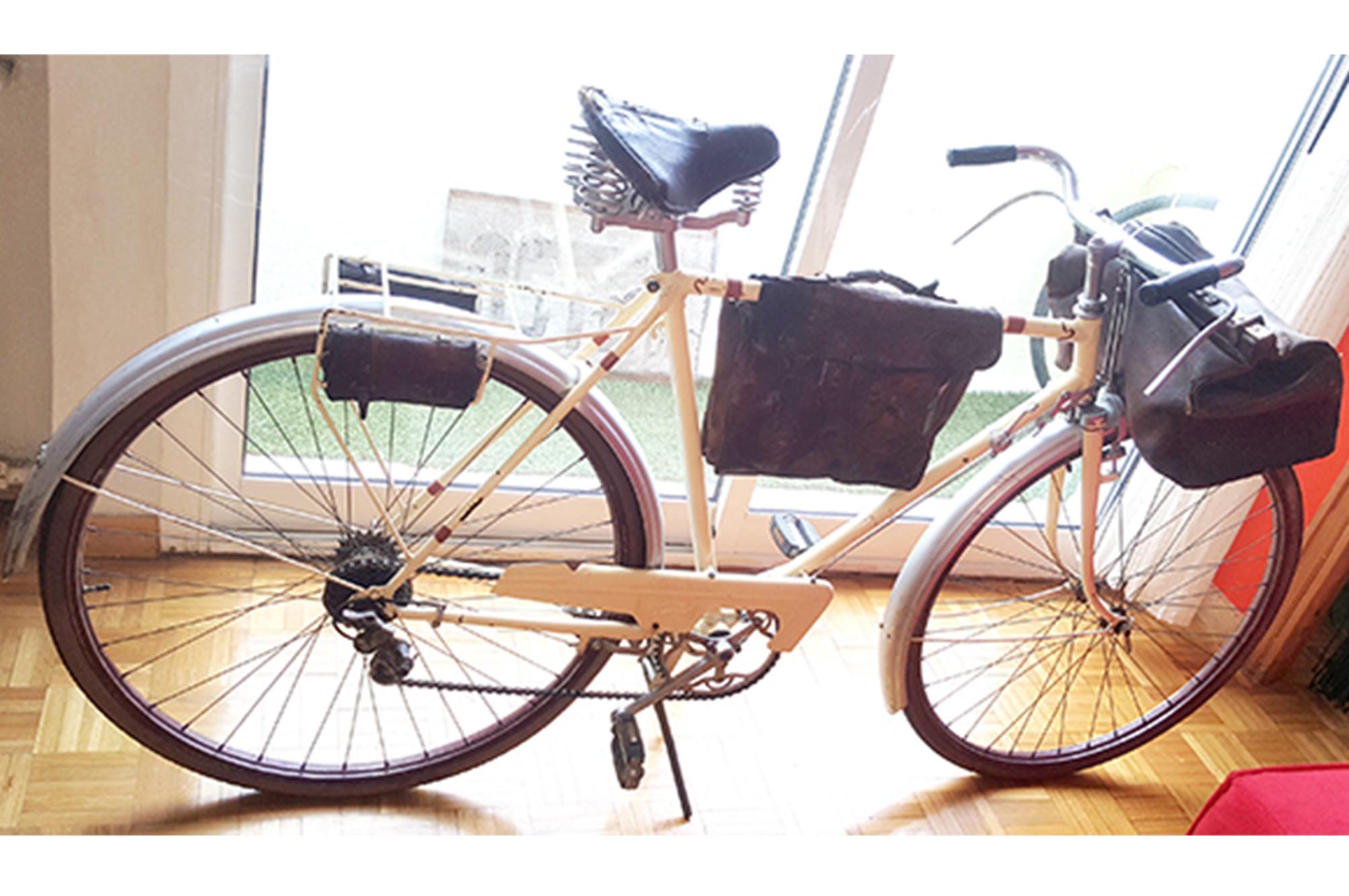 BH vintage años 50 beige cueros Los Martinez Banco de bicis