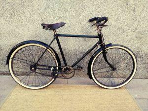 Los Martínez Banco de bicis Alquiler bicicletas Gimson infantil Barcelona