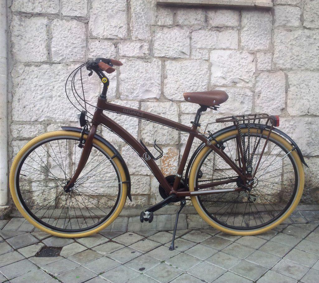 Los Martínez Banco de bicis Alquiler y venta de bicicletas Madrid