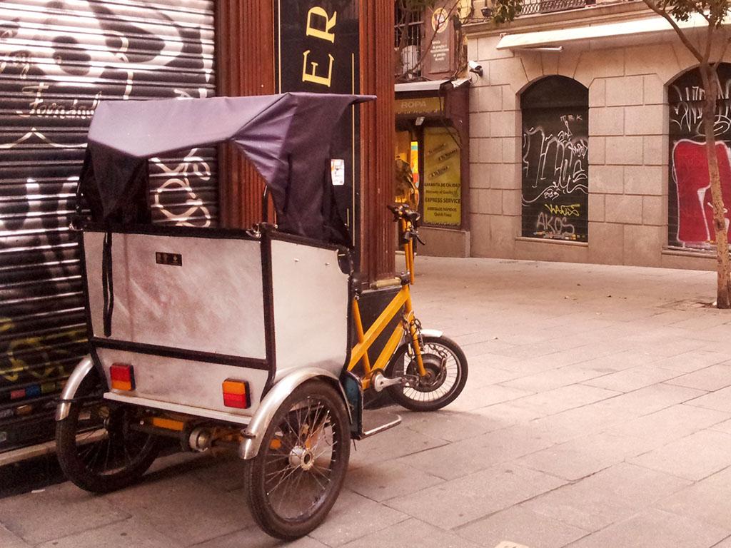 Los Martínez Banco de bicis Alquiler bicicletas bicitaxi trixi bicicarro