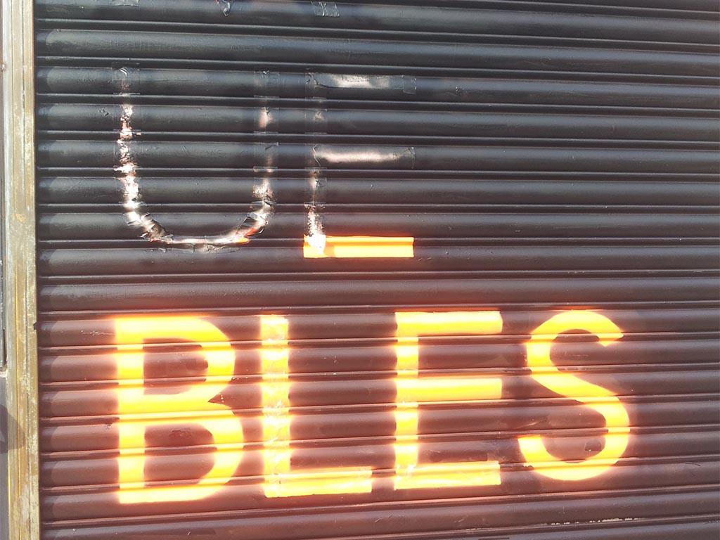Los Martínez Banco de bicis Alquiler bicicletas grafiti ciclos