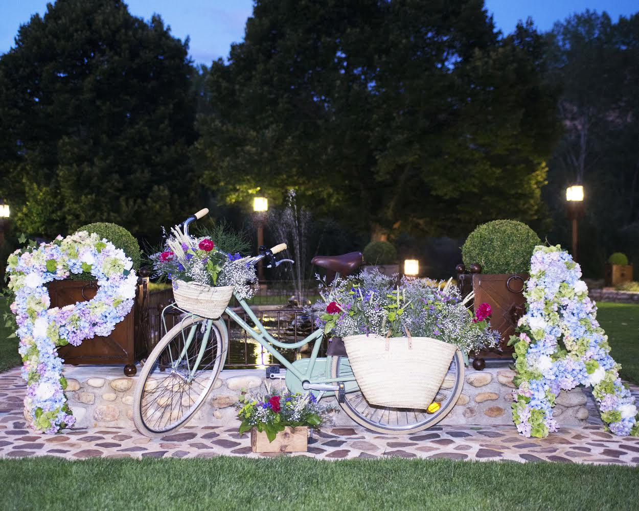 Los Martínez Banco de bicis Alquiler bicicletas alpina frascona boda