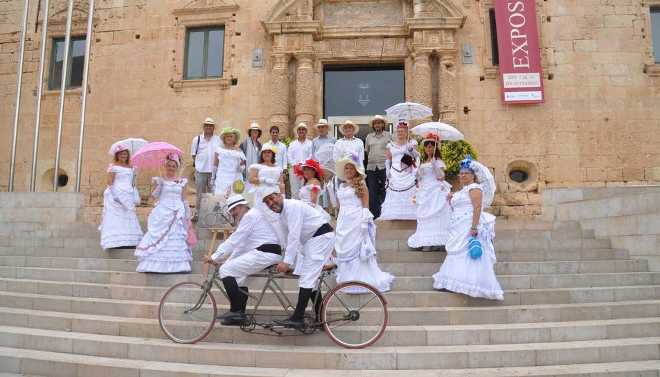 Los Martínez Banco de bicis Alquiler bicicletas tandem