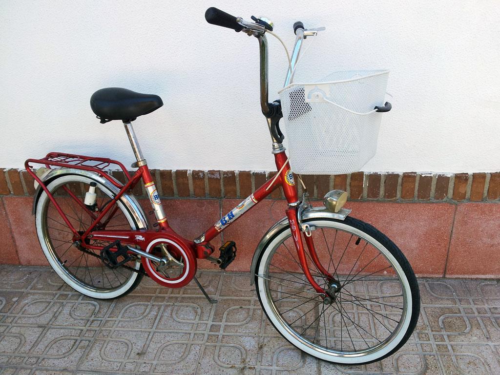Los Martínez Banco de bicis Alquiler BH años 70