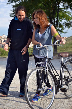 Los Martínez Banco de bicis Alquiler bicicletas Ana Rosa Quintana Pablo Iglesias Telecinco