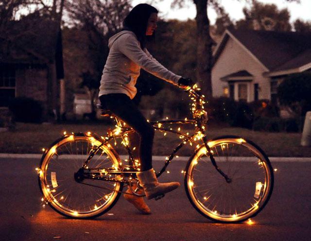 luces para bicicletas Los Martínez Banco de bicis Alquiler de bicicletas especiales