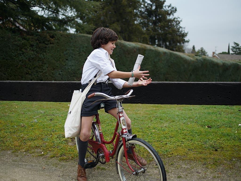 DAL niño corto cine Suricato Films Los Martínez Banco de bicis Alquiler bicicletas especiales